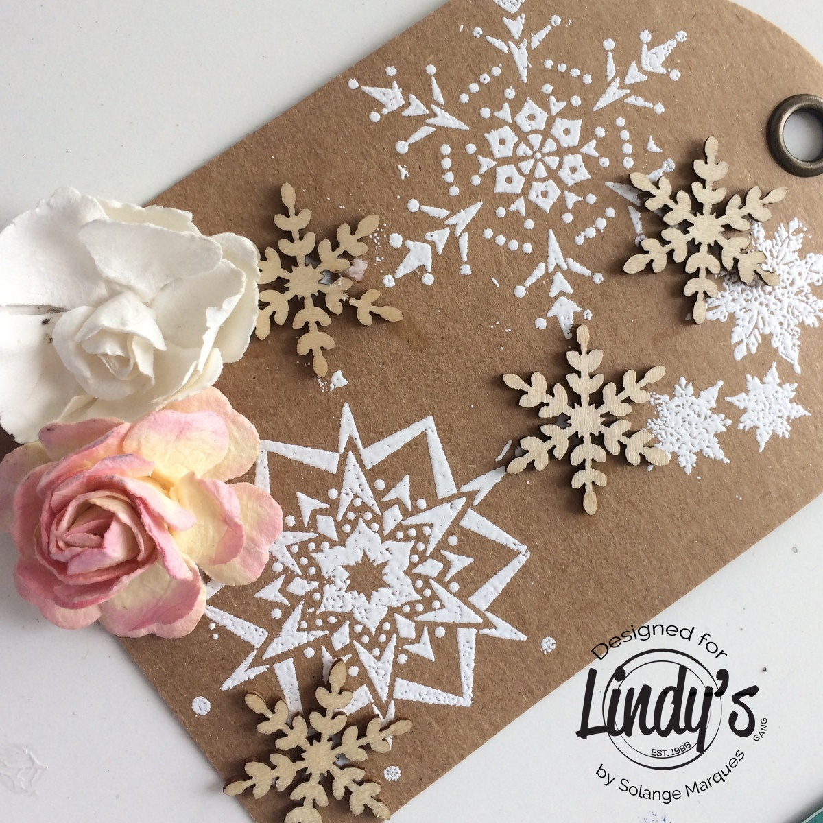 Christmas Tag by Solange Marques with Lindy's gang-02